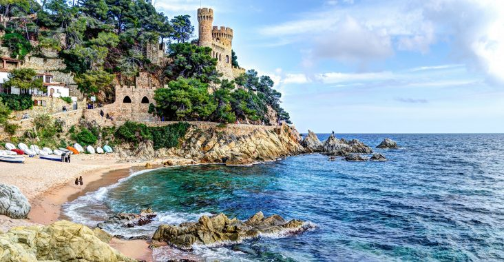 Cheap Holidays to Costa Brava - Entreat Your Trip With Reasonable Budget